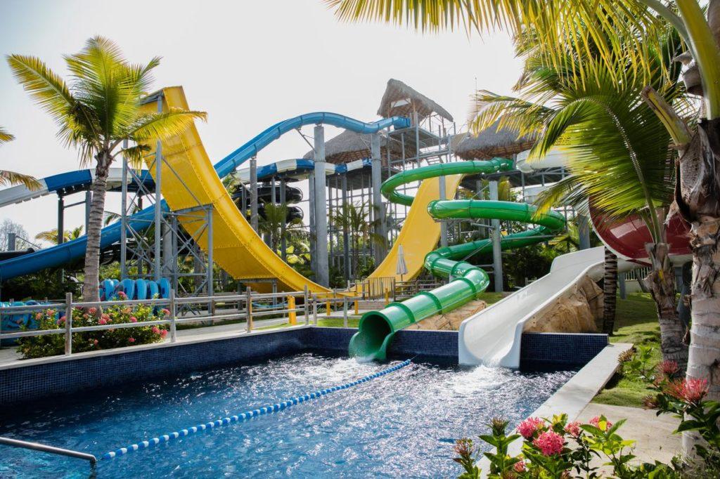 Детский развлекательный аквапарк