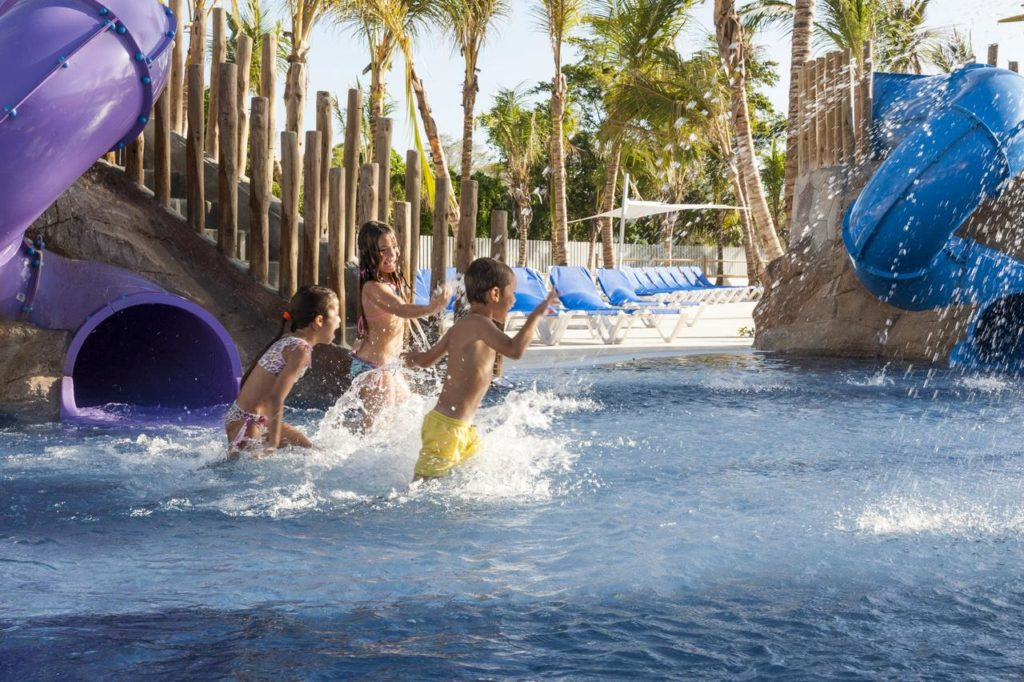 Отель Grand Memories Splash - All Inclusive