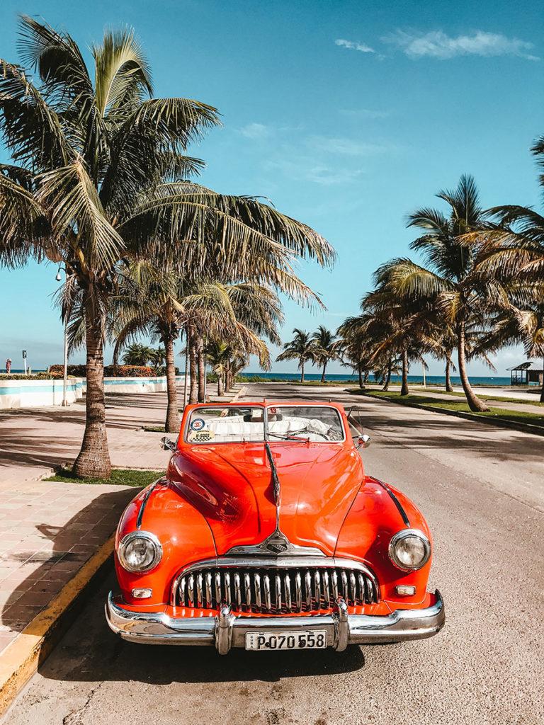 Куба авто на пляже