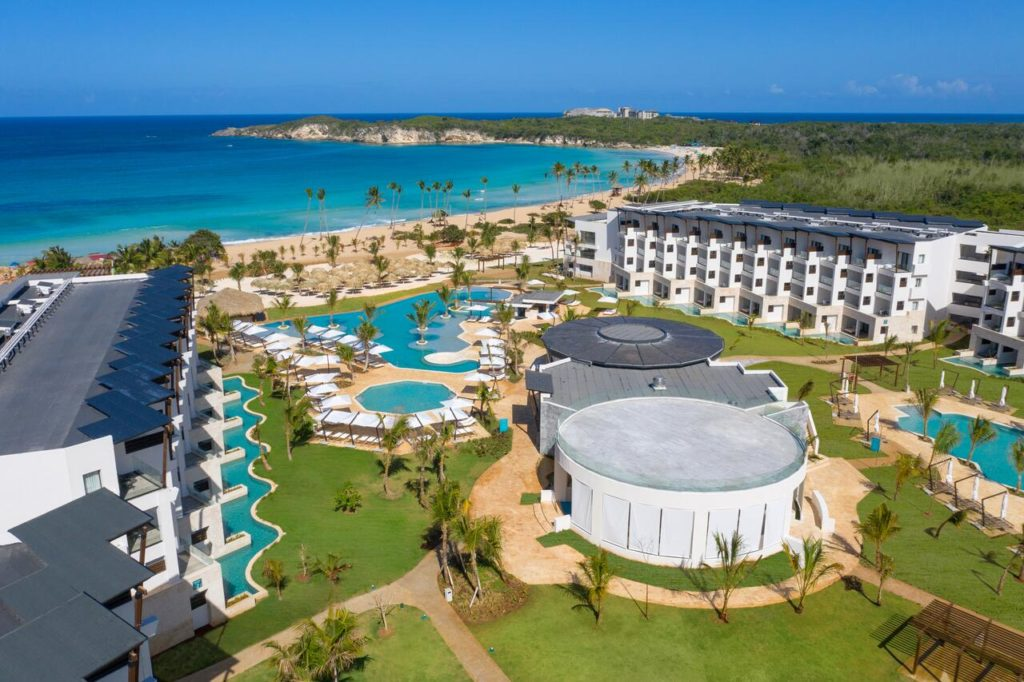 Отель на пляже Макао