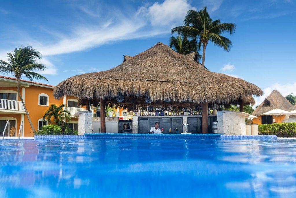 Отдых в отеле Ocean Maya Royale
