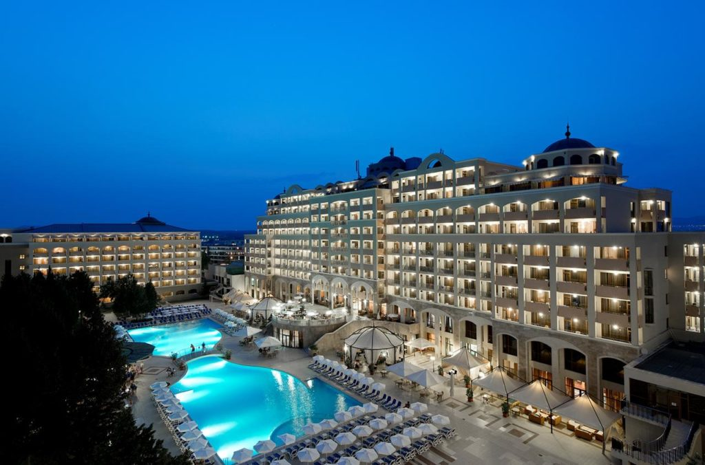 Отель Sol Nessebar Palace Resort & Aquapark