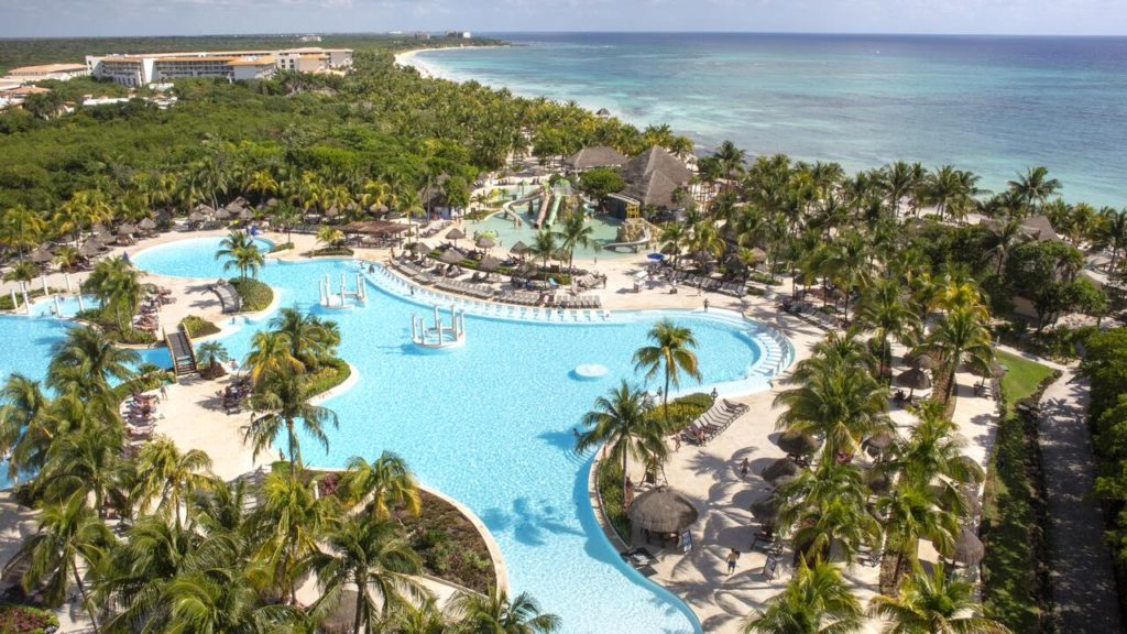 Отель Grand Palladium Colonial Resort & Spa