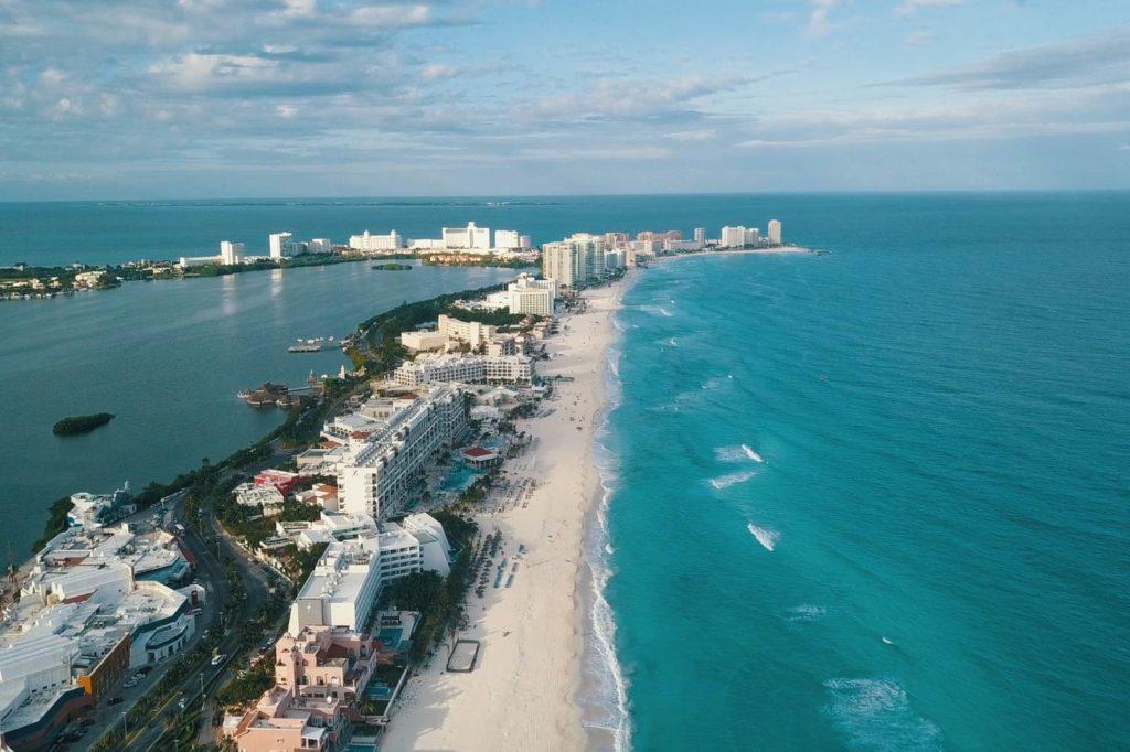 Авиасообщиение с Канкуном Мексика