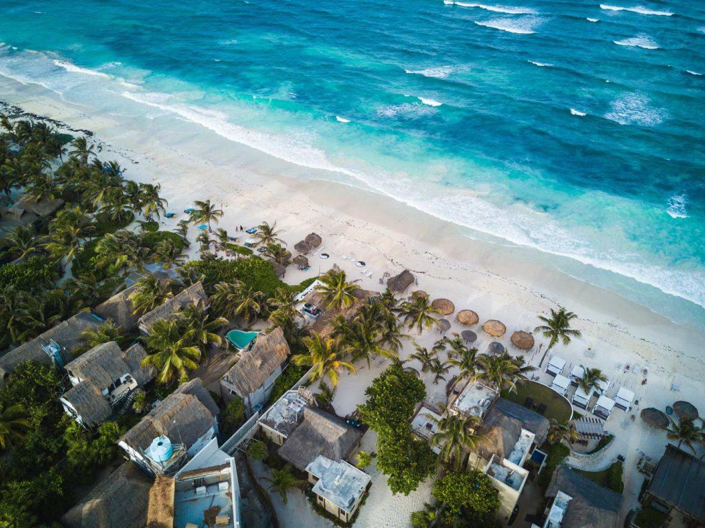 Отдых осенью на море в Мексике