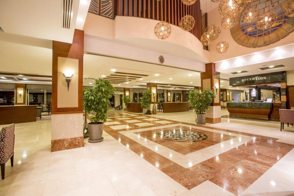 Отель Fame Residence